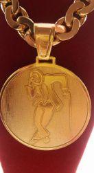 Pingente Medalha Mega  Malandro Banhada a ouro 18k