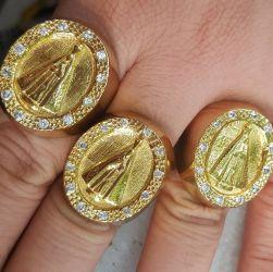 Anel Dedeira com pedras Nossa Senhora Aparecida  Banhado a Ouro 18k