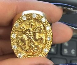 Anel com pedras São Jorge Banhado a Ouro 18k