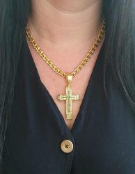 Kit Feminino Cordão Frizo 6mm + Pingente Cruz Cravejada Grande Banhado a Ouro 18k